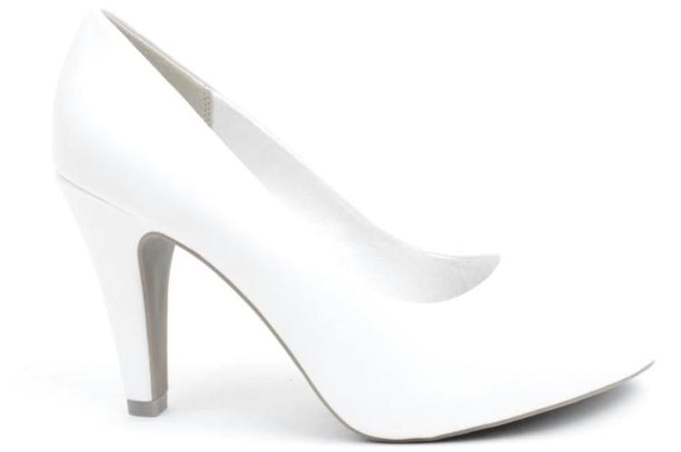 Høje hvide hæle